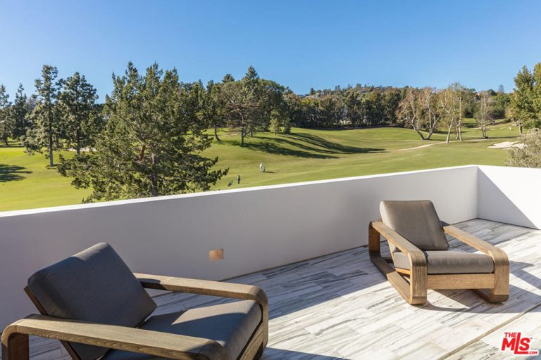 Lori Loughlin Lists Beautifully Renovated Bel Air Mansion