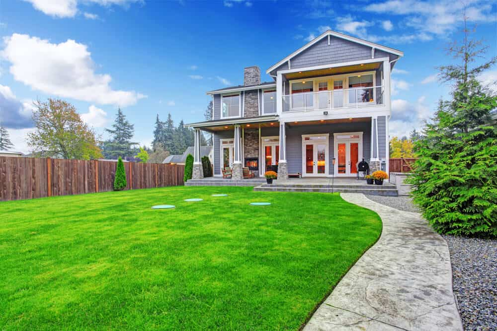 Best 43 Inspiration Relaxing Front Yard Walkway Landscaping Ideas