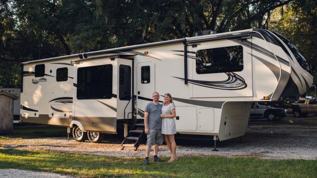 solitude grand design 382wb parked under mossy trees in florida