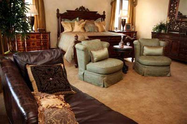 brown carpet IN ROOM (1)