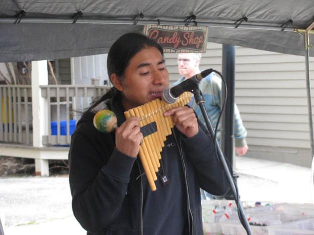 festival-maples-George-Perugachi