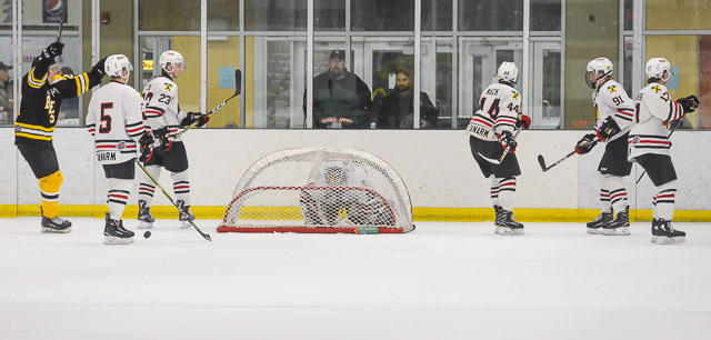 Bears_Hockey_Nov_06 036