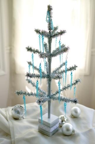 24 Tinsel Tree Aluminum Christmas Tree