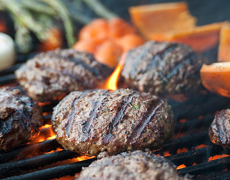 burger-on-grill