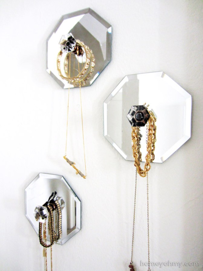Mirror jewelry wall hanger