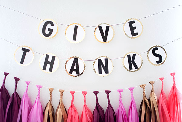 Give thanks garland