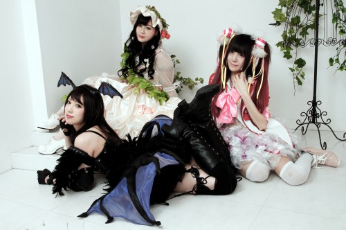 Lyric Holic - Tama Ne, Lulu Luria and Shiorin a la Mode