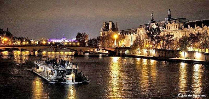Crucero nocturno por París