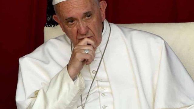 papa Francisco escándalo gay Vaticano