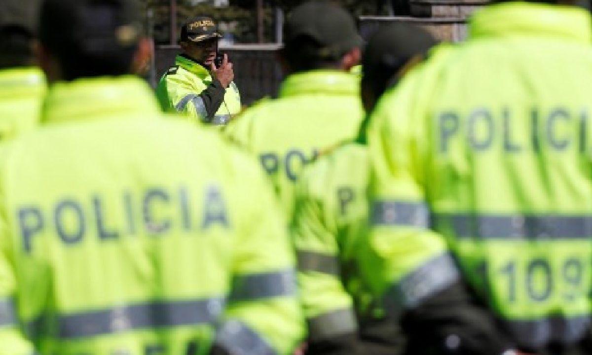 cuenta gay policías colombia portada