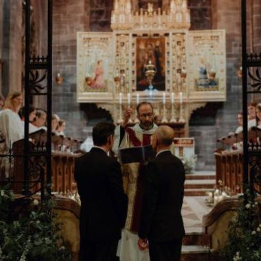 gays boda iglesia