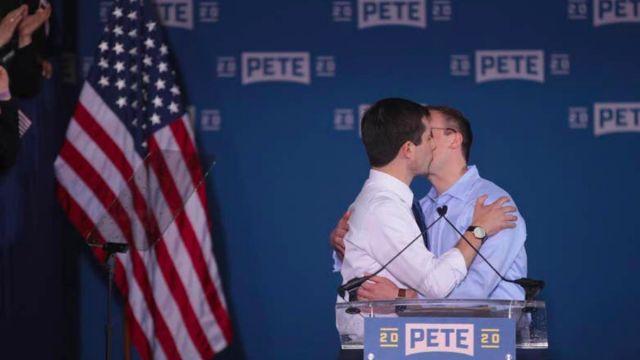 candidato gay