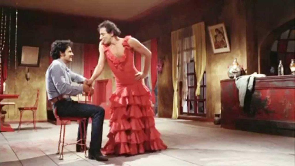 primer-beso-gay-cine-mexicano-4