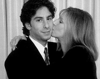 Barbra-Streisand-Famosos-que-apoyan-a-sus-hijos-LGBT