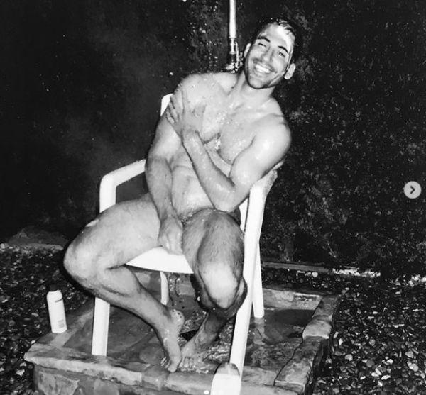 Miguel Ángel Silvestre desnudos famosos cuarentena