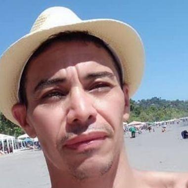 Activista gay asesinado