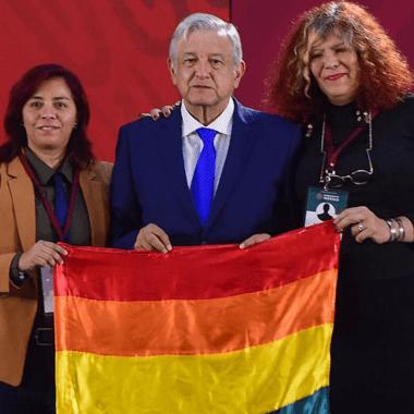 celebridades-heterosexuales-bandera-lgbtq-apoyo