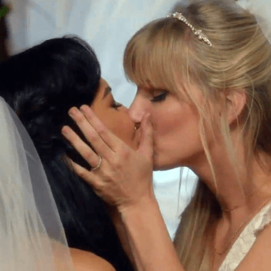 parejas-lésbicas-series-happy-ending
