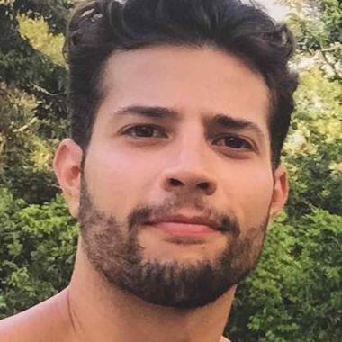Rafael De la Fuente gay