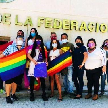 Activistas LGBT+ huelga de hambre