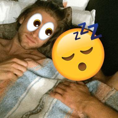 Cosas que puedes haces mientras tu novio sigue dormido