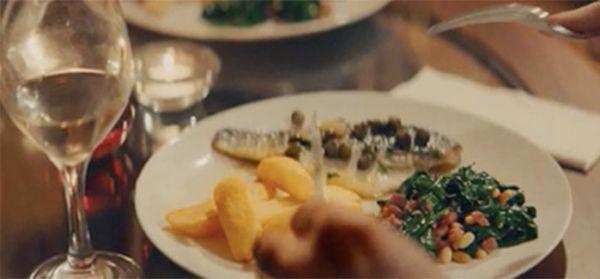 Una cena a distancia puede ser una gran cita virtual.