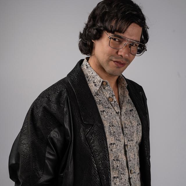 Yamil Ureña en Súbete a mi moto, uno de los actores de la seire sobre Menudo