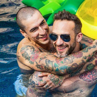 sexo gay agua divertido seguro higiene