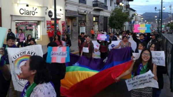 Fotografía tomada del diccionario LGBTIQ+en quechua