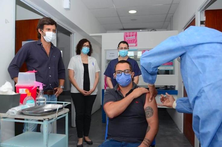 personas vih vacuna covid pandemia personal
