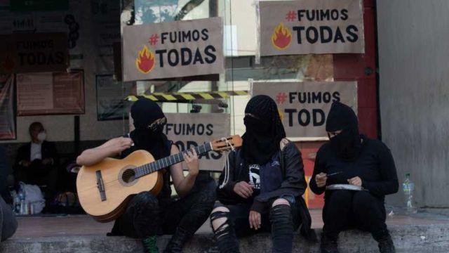 Detienen a activista feminista LGBT+