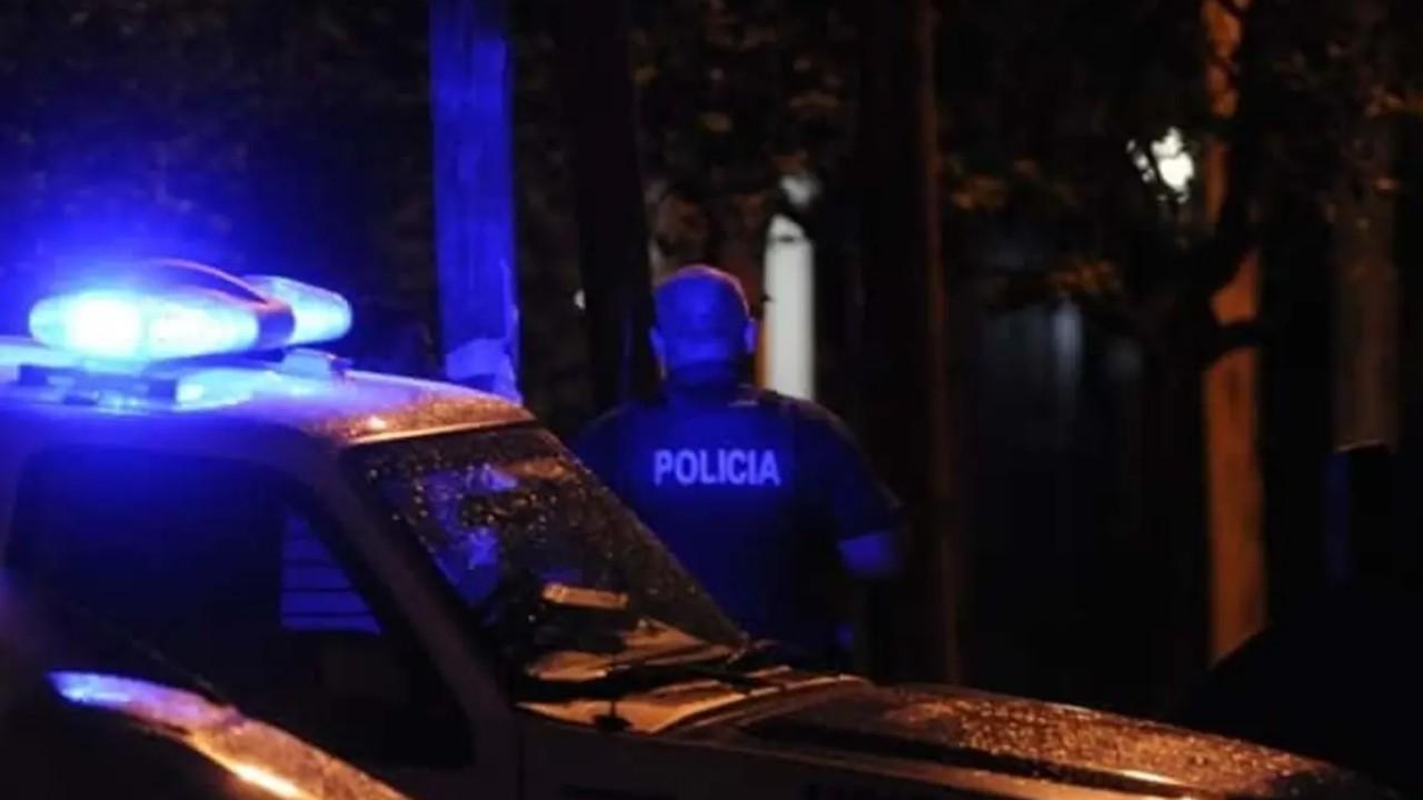 Una mujer trans fue víctima de una agresión por parte de 18 policías
