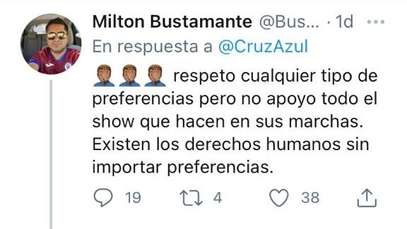 Aficionados de Cruz Azul reaccionan a escudo con bandera LGBT+