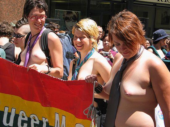 nude.lesbians.jpg