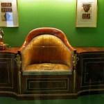 Este váter perteneciente a Fernando VII no logra acercarse al preciosismo de mi pieza.