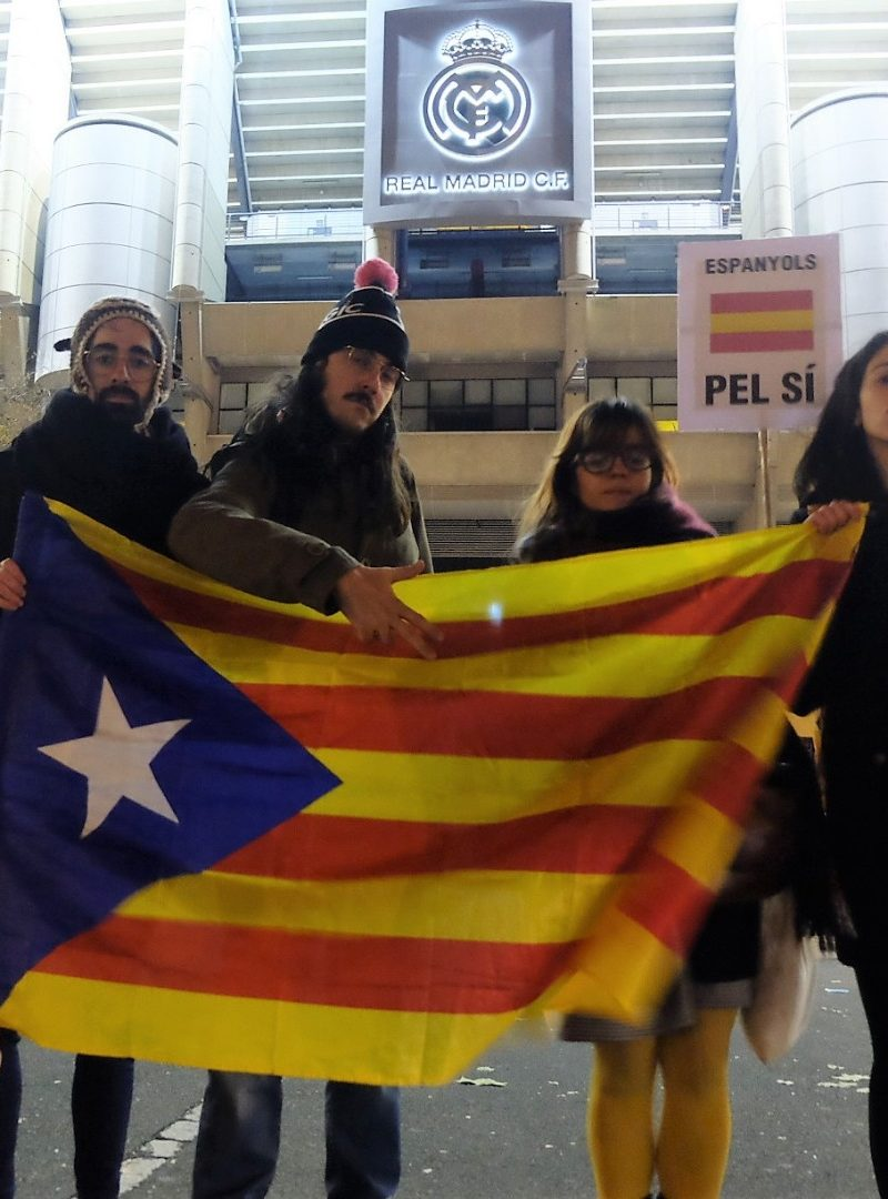 Viva España sin Catalunya: Así son 'Espanyols pel SÍ'