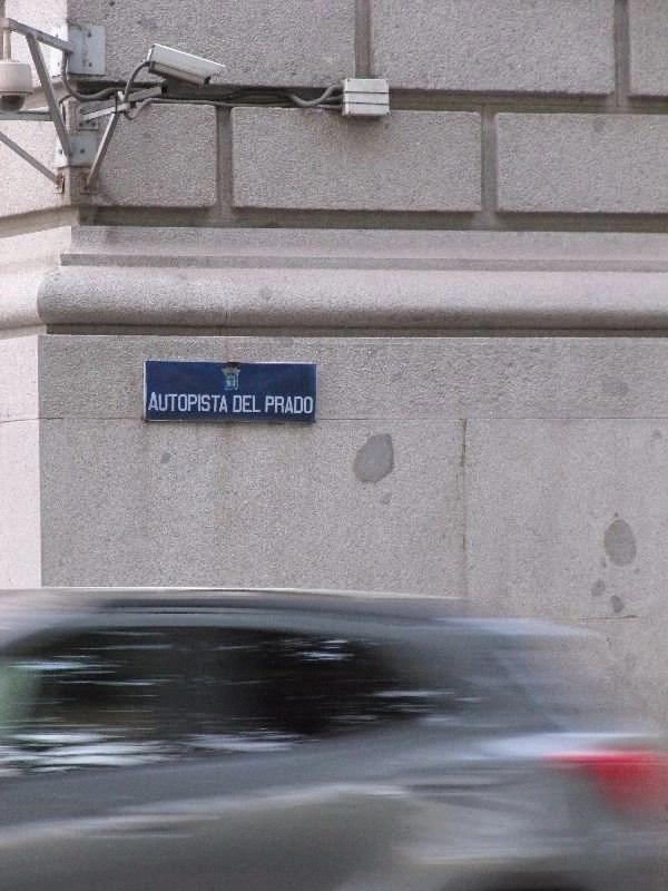 El Paseo del Prado pasa a llamarse «Autopista del Prado»