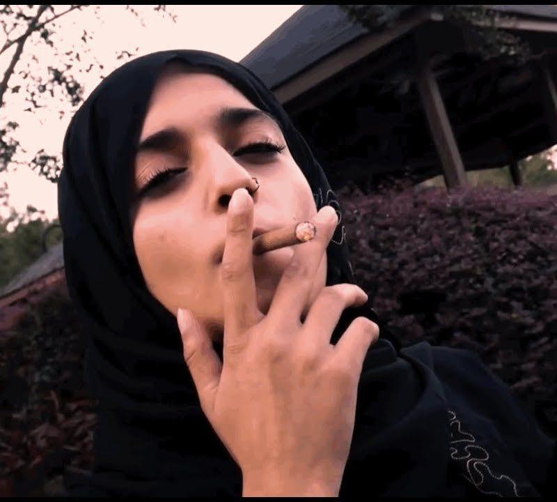 Hacia una teoría ultrarracionalista del hijab