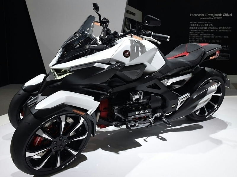 2019 Yamaha Niken Review Of Specs Features Leaning Reverse Trike