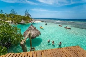 Things to do in Mid Roatan