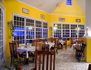 Roatan's East End Restaurants