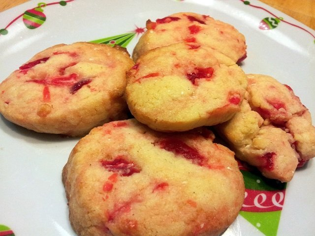 Cherry cookies ready to eat