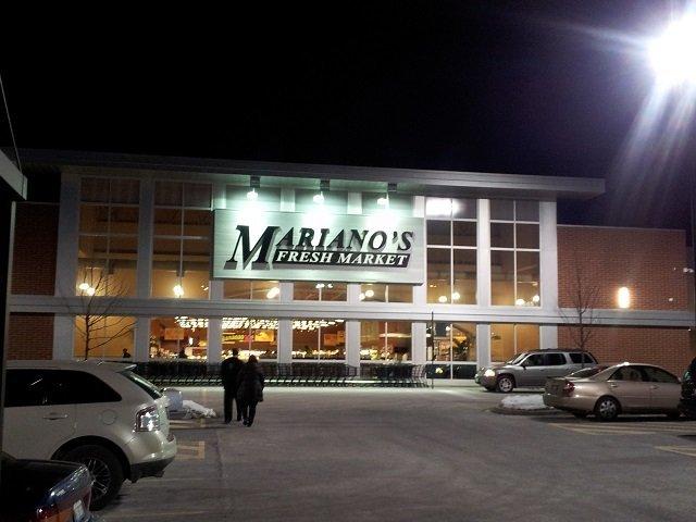 Mariano's at night