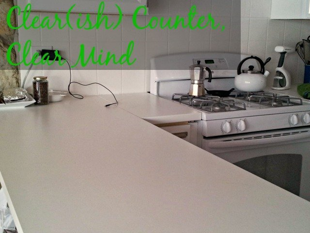 Empty kitchen counter promotes productivity
