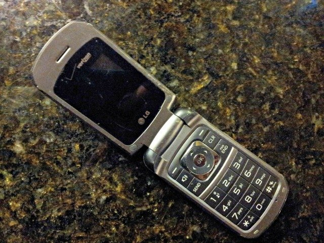 Ten year old phones aren't meant to be used anymore #shop