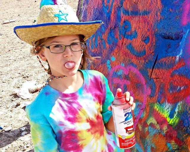 Spraypainting at the Cadillac Ranch