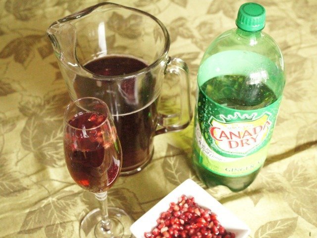 ingredients for pomegranate fizz