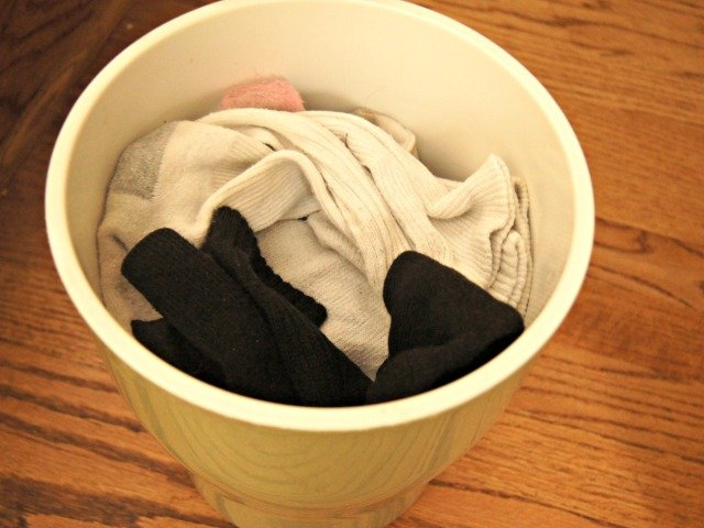 Big bucket of singleton socks