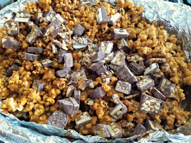 Adding SNICKERS to popcorn