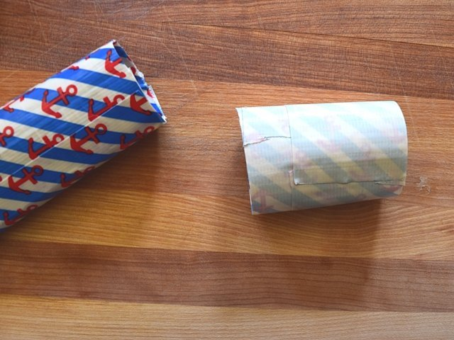 how to make a duct tape pouch